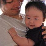 これでばっちり!「パパが抱くと泣く」現象をスッキリ解決する方法とは?